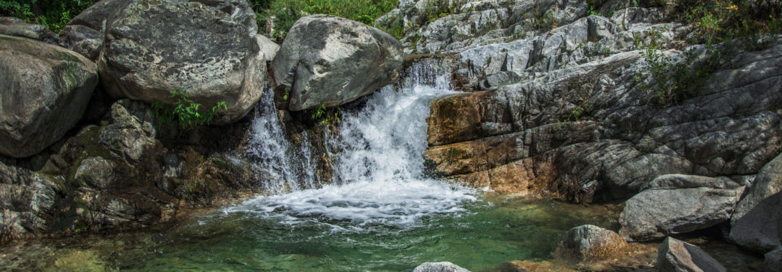 trekking calabria cascate vacanza
